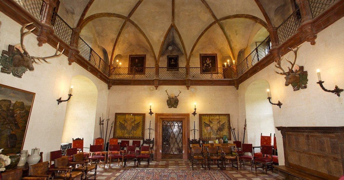 Burg Feistritz Austria – Knight Hall